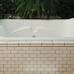Údržba a čistenie kúpeľne: Ako vyčistiť špáry v kúpeľni